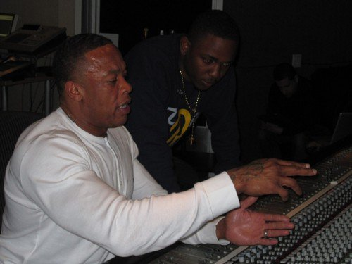 Kendrick Lamar A Enregistrer 30 Sons Avec Dr. Dre !