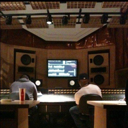 Eminem Bosse Sur Sont 8eme Album !!