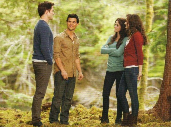 Vision d'Alice Jacob Edward Renesmee & Bella dans l'avenir