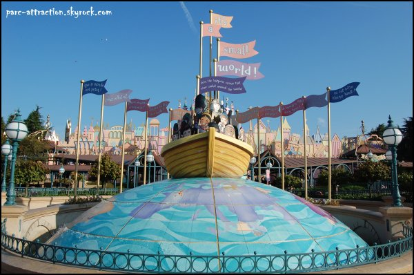 Fantasyland : It's a small world