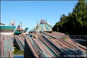 Discoveryland et Space Mountain