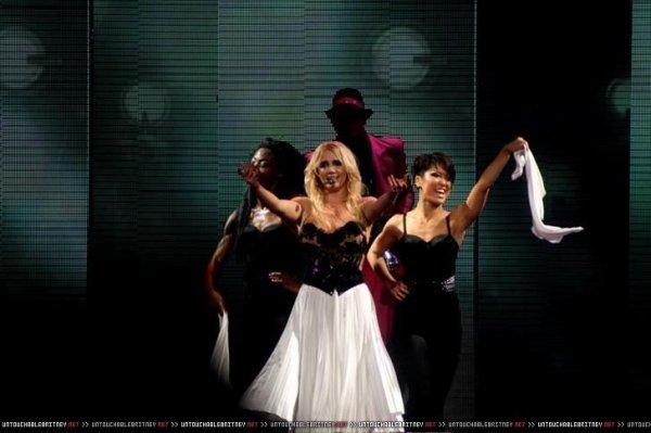 Britney dans le Top 20 des artistes ayant le plus gagné en 2011