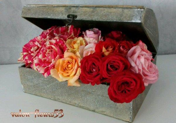 Coffre fort de roses.