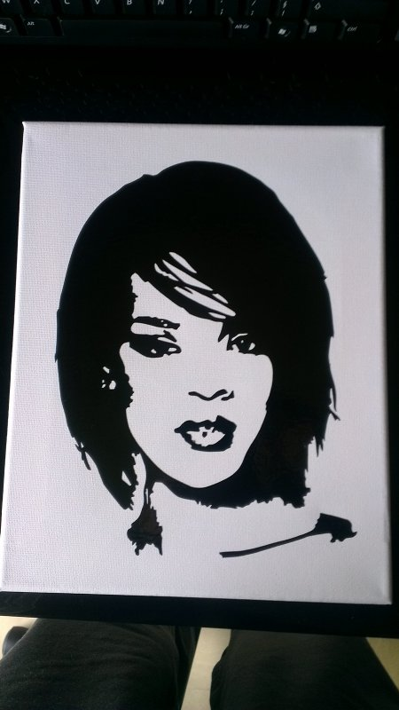 toile sticker rihanna 25euro
