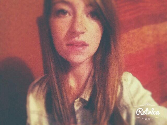 Enchanté / Elisa 18 ans Angers ♥