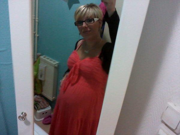moi a 7mois de grossesse^^