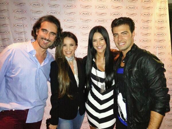 Catherine Siachoque , Miguel Varoni , Gaby Espino et le beau gosse des Télénovelas et chanteur Jencarlos Canela .