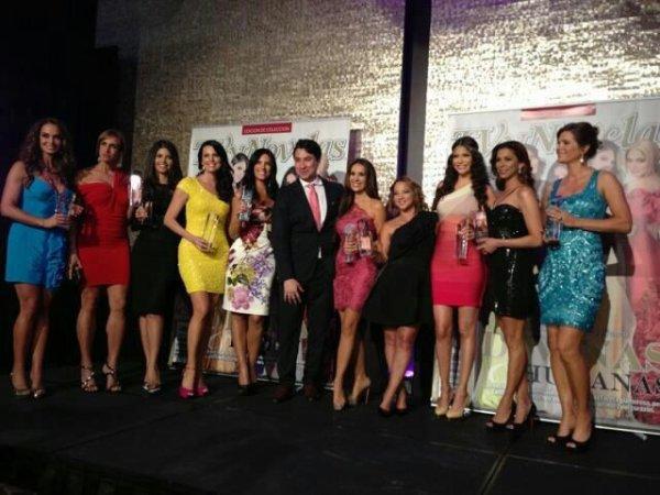 Catherine , Sonya Smith , Gaby Espino et Martiza Rodriguez à la Divinas y Humanas