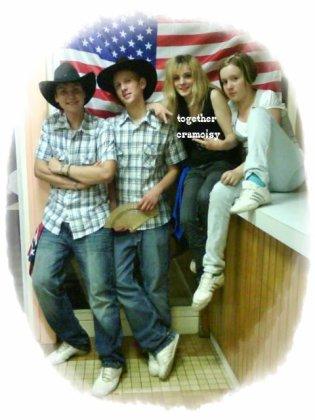 【★】Johanny, Richard, Laura et Doriane 【★】