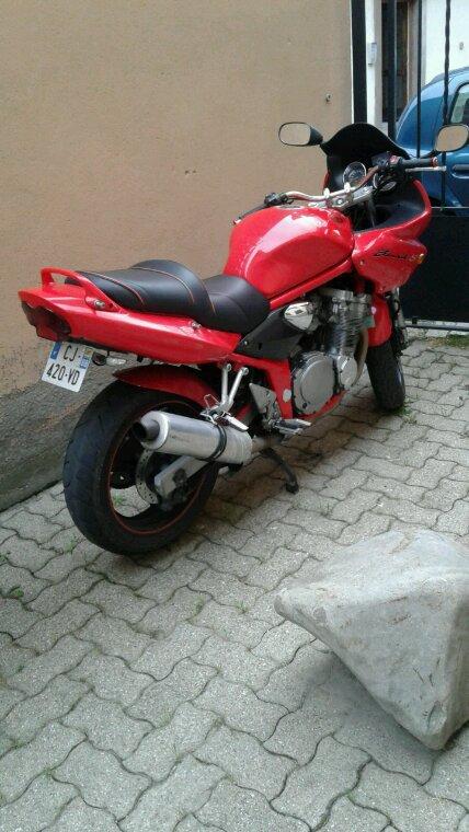 Susuki Bandit S très belle moto