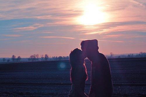 Aimer sans être aimé, pleurer sans être consolée, te voir partir sans pouvoir te retenir, voilà ce que j'appelle souffrir..
