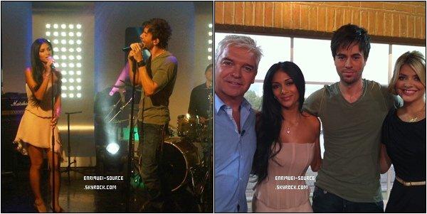 """.   15/09/10 : Après sa courte apparition en France, Enrique est de nouveau retourné en Grande-Bretagne. D'une part, la première scène de télé commune était notée aujourd'hui dans la Central des studios à Londres avec Nicole dans le show du matin """"The Morning""""  ."""
