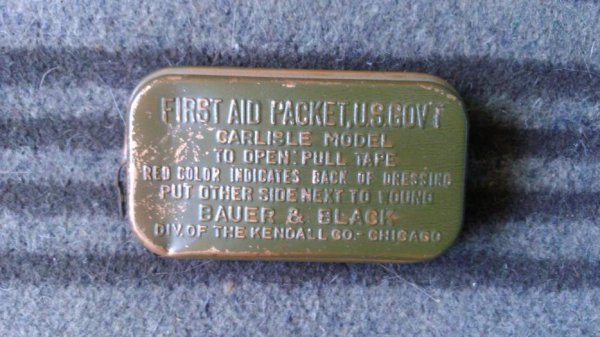 First-aid packet, carisle model.