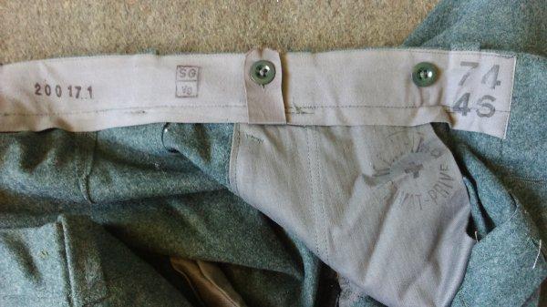SUISSE : Pantalon.
