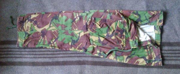 GRANDE BRETAGNE : Pantalon.