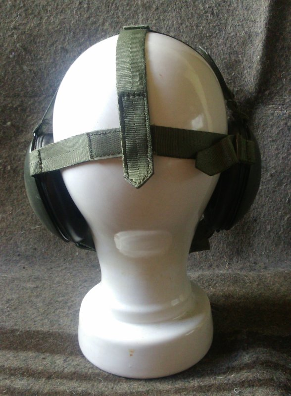 Casque anti-bruit.