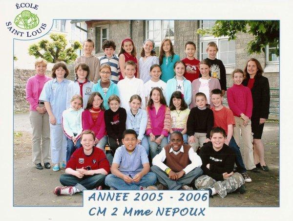 Photo de classe cm2 2005-2006