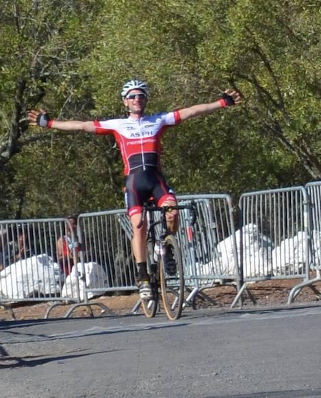 Belle victoire d' Antonin a Agde.