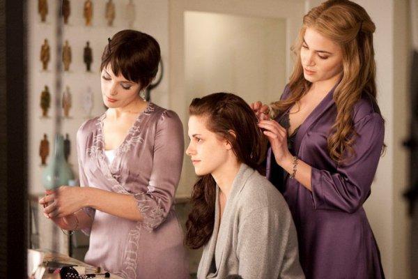 Alice,Bella et Rosalie
