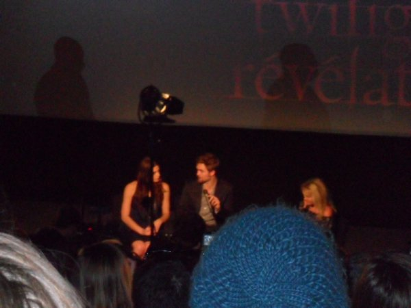 Robert Pattinson et Ashley Greene au Fan Event à Paris