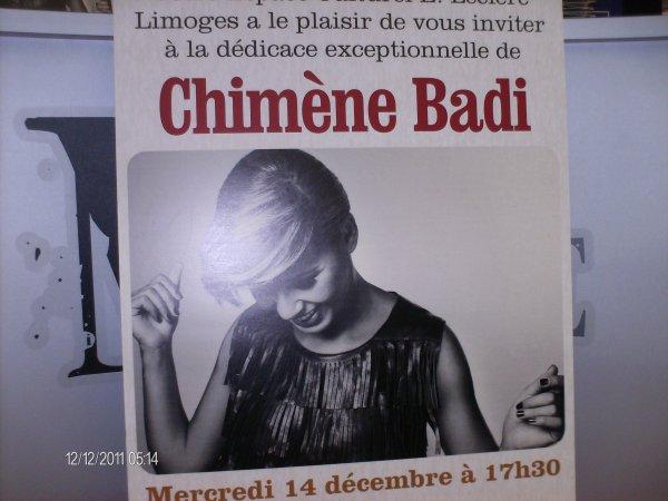Séance de dédicace de Chimène Badi