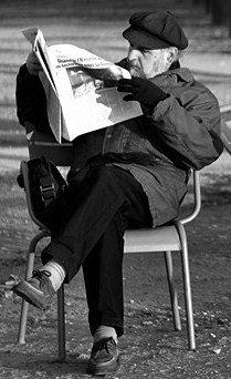 Dans l'écriture, la main parle ; et dans la lecture, les yeux entendent les paroles.