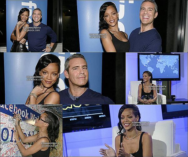 .08.11.2012 : Notre belle chanteuse était présent au Live Facebook à New York.   .