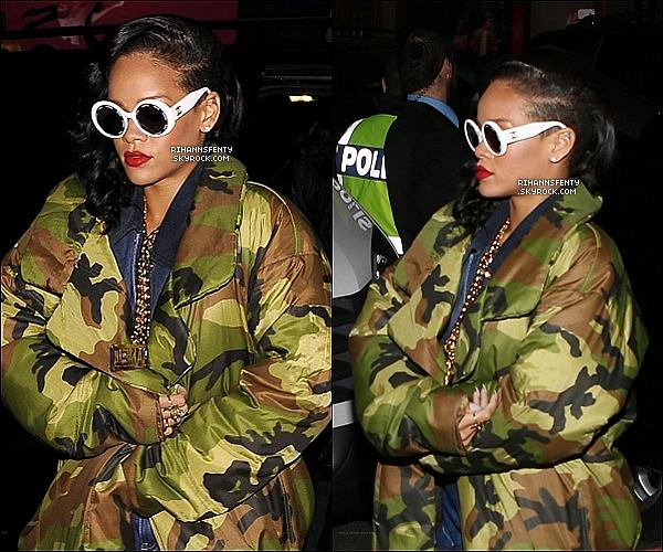 .16.11.2012 : Rihanna à été vue dans les rues de Stockholm en Suède.   .