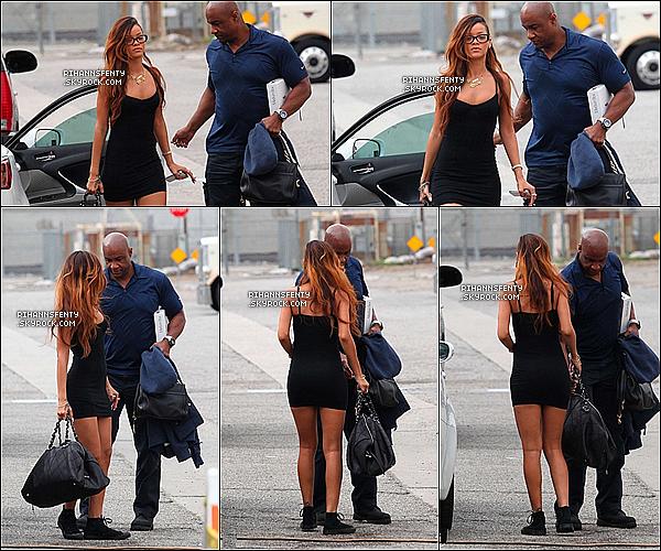 .02.02.2013 : Riri à été aperçue par les paparazzi se rendant sur le lieu de tournage du clip Stay.   .