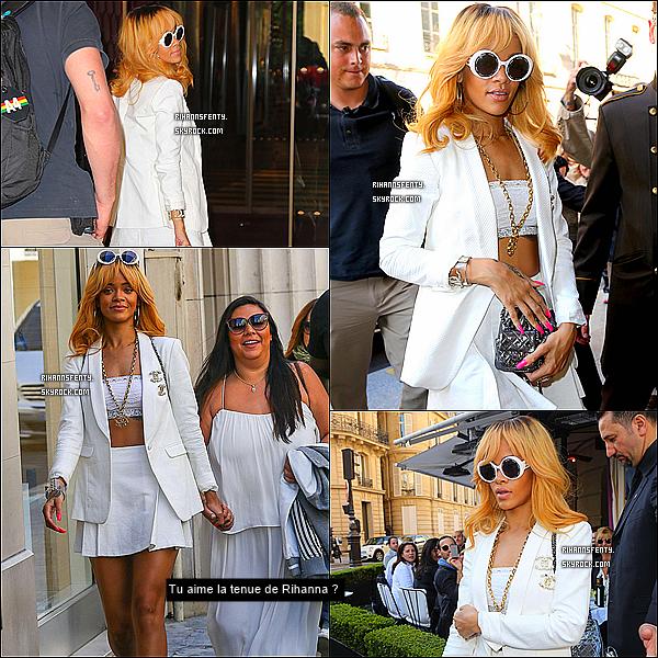 .03.06.2013 : Rihanna à étais aperçue dans la capitale française dans un restaurant à Paris.    .
