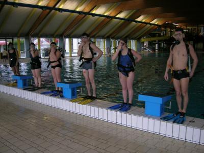 Entra nement piscine 1 asam asbl cole de plong e for Piscine mouscron