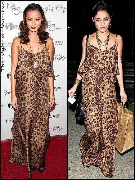 Qui la porte le mieux ? Robe longue motif léopard.
