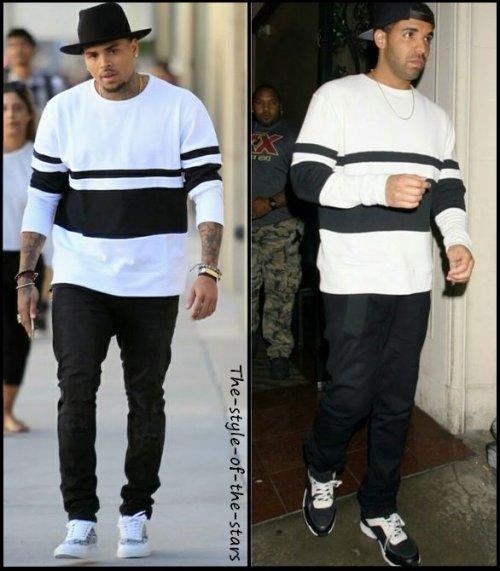 Qui le porte le mieux ? Pull blanc avec rayures noires.