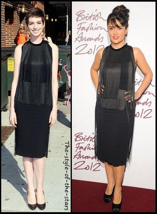 Qui la porte le mieux ? Robe noire avec franges.