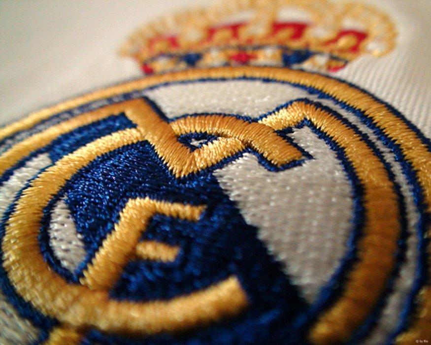 Ma vie est foutue, elle se résume à toi, le club de ma vie, Real Madrid. ♥