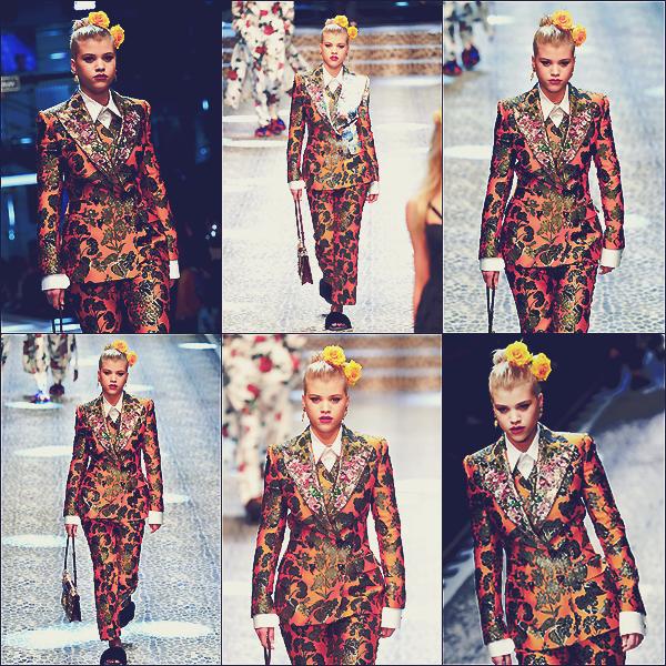 - 26/02/17 - C'est pour la marque Dolce & Gabbana que notre mannequin Sofia Richie à défilé Milan en IT.  -