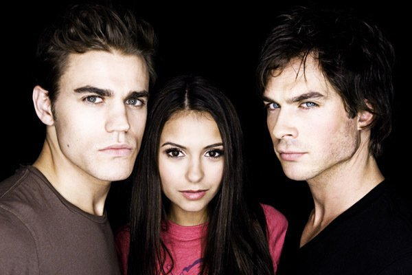 « Choisis, mange, efface. »  Damon de The Vampire Diaries. ♥