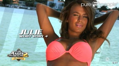 Julie, Une Bombe a Miami !