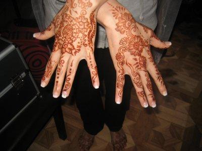 tatouage au henné a Strasbourg