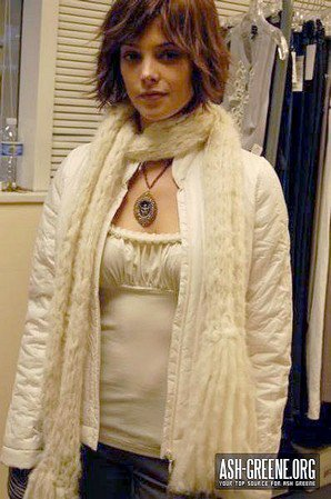 Nouvelles/anciennes photos d'Ashley Greene sur le tournage de Twilight