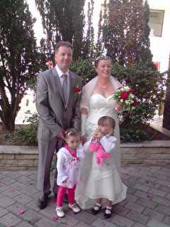 les mariés et leur filleuil