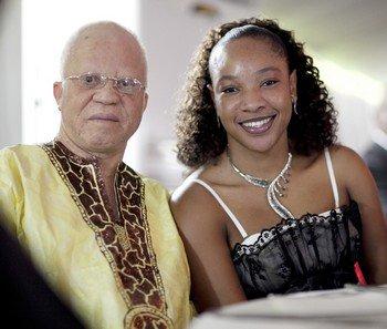 Salif  Keita et sa femme