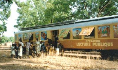 wagon bibliothéque à diamou
