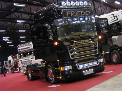 "Scania V8 a ""Fredo"" il et vraiment sublime vu a Ciney 2011"
