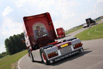 "Scania V8 ""scarface"" a la hollandaise"