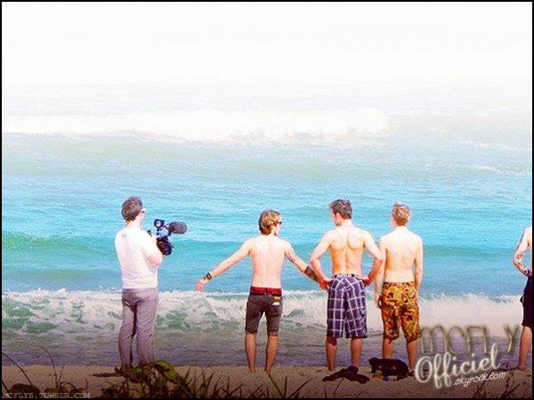 01 Juin 2011 : Nouvelle photo des gars à la plage