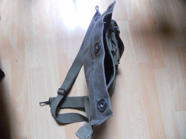 Housse de masque à gaz M9A1