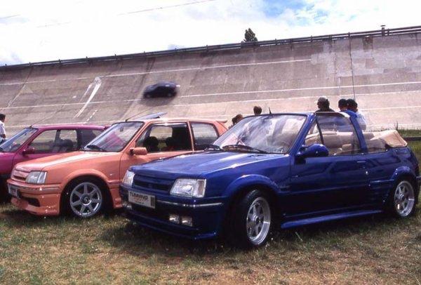 3 SUPERBES 205 !!, celle du milieu a la même calandre que moi lol , GTI tuning international circuit de montlhery 98