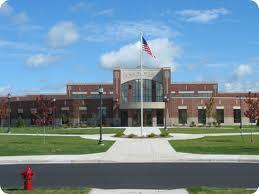 Chapitre 24: Nouveau lycée