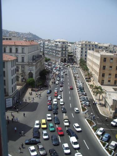 ALGER Bab El Oued الجزائر العاصمة  100 Fans